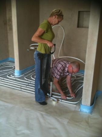 eine g nstige fu bodenheizung aus dem norden tackersystem noppenplattensystem. Black Bedroom Furniture Sets. Home Design Ideas